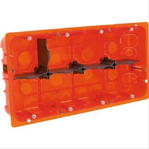 Boite d'encastrement Legrand multimatériaux 2x4 postes