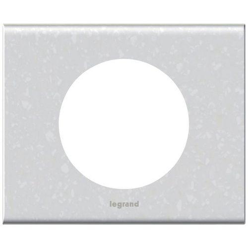 plaque mati re corian antartica c liane legrand 1p w404901a c liane plaque de finition mati re. Black Bedroom Furniture Sets. Home Design Ideas
